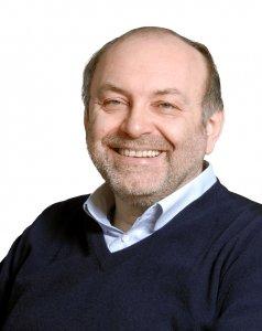 Armando Torno